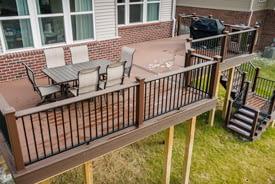 South Lyon New Trex Deck Builder