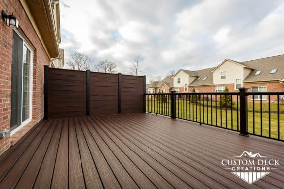 Deck Privacy Wall built with Trex Decking