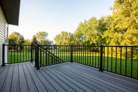 Trex Transcend Island Mist with black Signature aluminum railing South Lyon, Michigan