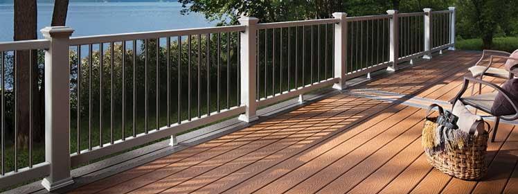 Trex Select composite white railing